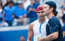 HLV Carlos Moya lý giải sự cải tiến trong quả giao bóng của Nadal