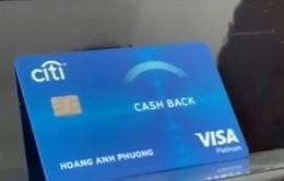 Muôn kiểu dở khóc, dở cười khi dùng thẻ tín dụng