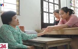 Cô giáo nhiễm chất độc da cam mở lớp miễn phí cho học sinh hoàn cảnh khó khăn