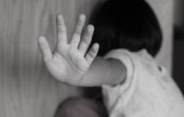 Cứ mỗi ngày lại có 7 trẻ em bị xâm hại tại Việt Nam
