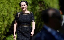 """Vụ dẫn độ """"ái nữ"""" của Huawei: Mỹ thắng trong """"hiệp đấu"""" đầu tiên"""