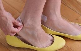 11 mẹo loại bỏ mọi khó chịu khi mang giày