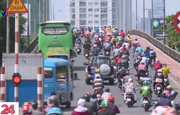 Người dân TP.HCM tranh thủ trở lại thành phố sớm để tránh ùn tắc