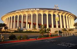 Los Angeles Clippers chính thức sở hữu nhà thi đấu The Forum