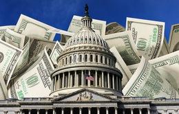 """Nước Mỹ đang trở thành """"chúa Chổm"""" với những khoản nợ khổng lồ"""