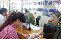 Giảm 20 - 50% lệ phí khi xác minh giấy tờ, cấp hộ chiếu