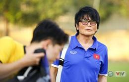 Bác sĩ Choi ký hợp đồng làm việc chính thức cho VFF
