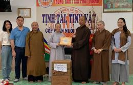 San sẻ khó khăn với Trung tâm Từ thiện Xã hội Phật Quang