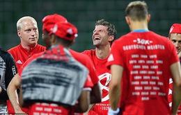 ẢNH: Bayern Munich ăn mừng chức vô địch Bundesliga lần thứ 8 liên tiếp