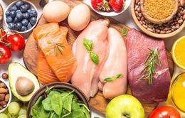 Thực phẩm vẫn chiếm tỷ trọng lớn trong chi tiêu người Việt trong tháng 6
