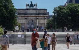 """Pháp mở cửa trở lại các bảo tàng và hoạt động văn hóa, Paris bắt đầu """"hồi sinh"""""""