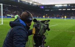 Mâu thuẫn trong việc phát sóng phần còn lại ngoại hạng Anh 2019 - 2020