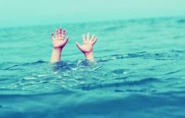 Rủ nhau tắm sông, 2 học sinh đuối nước thương tâm