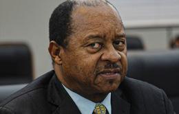 Zimbabwe bắt Bộ trưởng Y tế trong bê bối mua thiết bị chống dịch COVID-19