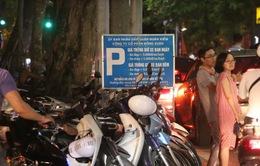 Cảnh giác với thủ đoạn tháo trộm phụ tùng khi gửi xe quanh hồ Hoàn Kiếm