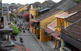 INFOGRAPHIC: 6 tháng năm 2020, khách quốc tế đến Việt Nam giảm 55.8%