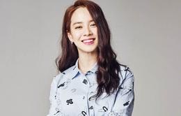 Song Ji Hyo hạnh phúc ở tuổi 40, không có ý định kết hôn