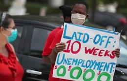 Gần một nửa số người Mỹ bị giảm thu nhập sau đại dịch COVID-19