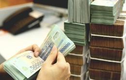 Một loạt ngân hàng tiếp tục giảm lãi suất huy động