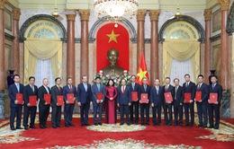 Bổ nhiệm 12 đại sứ Việt Nam tại nước ngoài nhiệm kỳ 2020-2023
