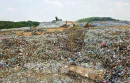 Bãi rác Nam Sơn hoạt động trở lại
