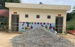 Ủng hộ xây dựng bể nước sạch cho trường bán trú vùng cao