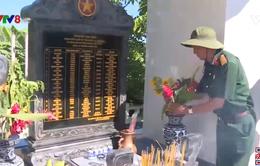 Phú Yên: Cựu chiến binh xây bia tưởng nhớ liệt sĩ