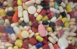 Tổng thống Mỹ ký 4 sắc lệnh hành pháp nhằm hạ giá thuốc