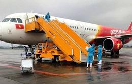 240 công dân Việt Nam hoàn cảnh khó khăn từ Singapore về nước an toàn