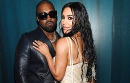 Sau lùm xùm tố vợ ngoại tình, Kanye West lên tiếng xin lỗi