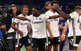 Đánh bại Cardiff ở lượt đi, Fulham đặt một chân vào trận đấu đắt đỏ nhất thế giới