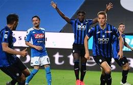Napoli và AS Roma cùng nhận thất bại tại vòng 29 Serie A