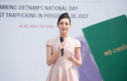 Lương Thuỳ Linh đồng hành cùng Đại sứ quán Anh phòng chống buôn bán người