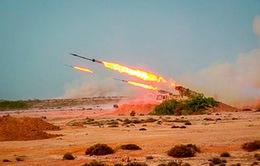 Iran công khai phóng tên lửa đạn đạo từ lòng đất