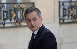 Vừa được bổ nhiệm, Bộ trưởng Nội vụ Pháp đối mặt với điều tra hiếp dâm