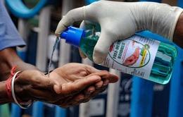 Nhiều người tử vong do uống nước sát khuẩn thay rượu tại Ấn Độ