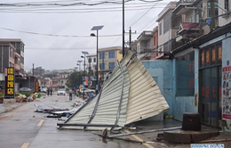 Bão Mekkhala đổ bộ vào miền Đông Trung Quốc, gây mưa to gió lớn