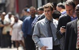 Số người nộp đơn xin trợ cấp thất nghiệp mới tại Mỹ lần đầu giảm xuống dưới 1 triệu