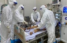 """Bệnh nhân COVID-19 nặng tiến triển tốt - động lực """"chiến đấu"""" của các y bác sĩ"""