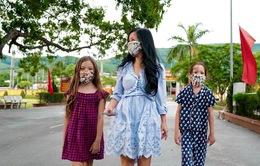Diva Hồng Nhung: Hãy nối vòng tay lớn trong tư tưởng, chứ không cầm tay