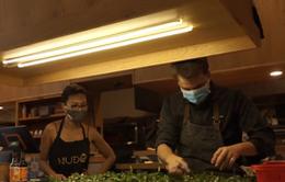 Người nước ngoài tại Việt Nam nỗ lực tham gia phòng, chống dịch COVID-19