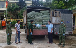 Bắt giữ vụ vận chuyển trái phép 678.000 khẩu trang y tế
