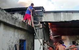 Hỏa hoạn thiêu rụi nhà kho rộng 500m2 tại An Giang