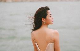 Ra mắt sản phẩm âm nhạc mới, Phạm Quỳnh Anh tung bộ ảnh siêu xinh và lãng mạn
