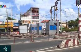Trạm thu phí gây cản trở giao thông do chưa được tháo dỡ