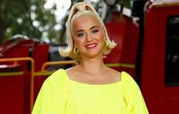 Katy Perry đã hạ sinh con gái đầu lòng!