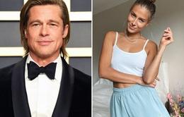 """Brad Pitt hẹn hò với """"bản sao"""" của Angelina Jolie"""
