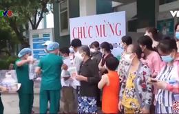 Bệnh viện dã chiến Hòa Vang xuất viện 20 bệnh nhân Covid-19