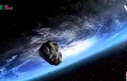 Một thiên thạch sắp bay ngang trái đất