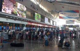 Bố trí hai chuyến bay đưa du khách mắc kẹt rời Đà Nẵng